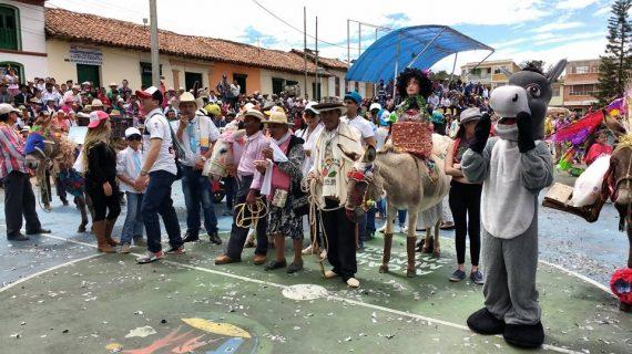 Fiestas Santa Rosa de Lima_3 Alcaldía de Santa sofía