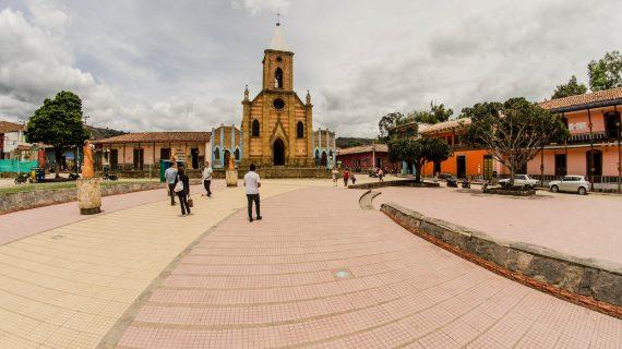 Parque Principal, Ráquira 01