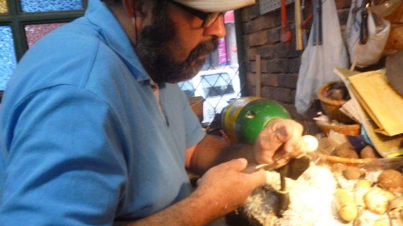artesania en tagua-min