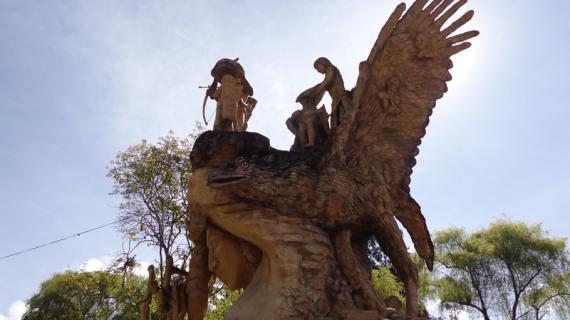 6. MONUMENTO A LA DIGNIDAD U'WA. Alcaldia, 2017...
