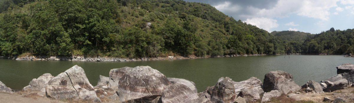 Laguna Tierra Blanca