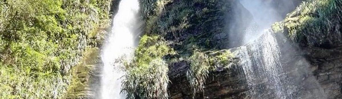 Cascada Las Tinajas