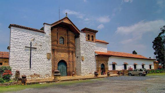 entrada convento sutamarchan